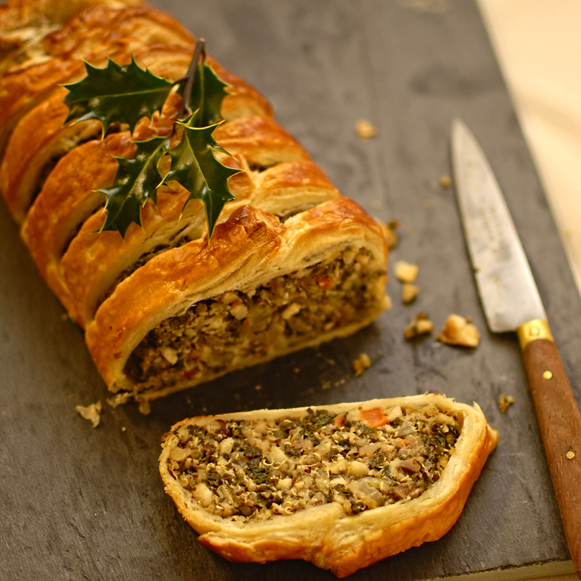 Kale quinoa and nut roast en croute the circus gardeners kitchen kale quinoa and nut roast en croute forumfinder Choice Image