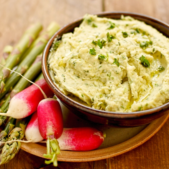 butter bean and Spring herb dip