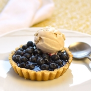 bluebery tart with lemon verbena ice cream