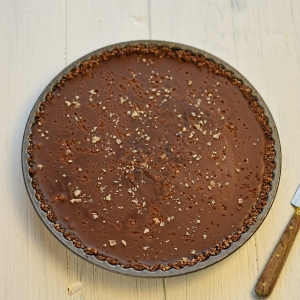 chocolate and salt caramel tart