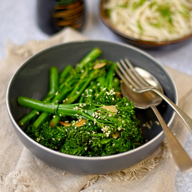 stir-fried-broccoli-with-garlic-and-sesame